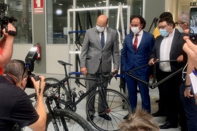 Carbon Team frame factory celebrates official inauguration
